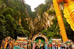 Batu-Caves-Kuala-Lumpur-Malaysia-004.jpg