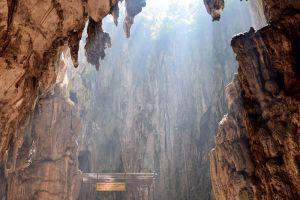 Batu-Caves-Kuala-Lumpur-Malaysia-006.jpg