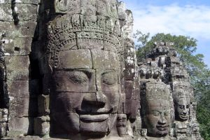 Bayon-Temple-Siem-Reap-Cambodia-001.jpg