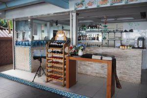 Beach-Terrace-Hotel-Krabi-Thailand-Bar.jpg