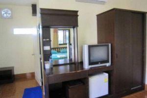 Bee-Garden-Resort-Lanta-Thailand-Living-Room.jpg