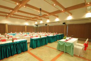 Belle-Villa-Hotel-Mae-Hong-Son-Thailand-Meeting-Room.jpg