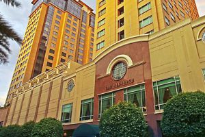 Bellevue-Hotels-Resorts-Manila-Philippines-Exterior.jpg