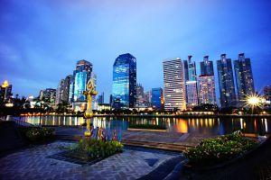 Benchasiri-Park-Bangkok-Thailand-04.jpg