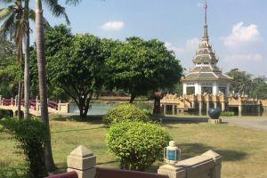 Bhumirak-Chaloem-Phrakiat-Park-Nonthaburi-Thailand-05.jpg