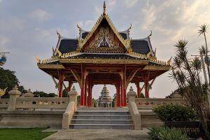 Bhumirak-Chaloem-Phrakiat-Park-Nonthaburi-Thailand-07.jpg