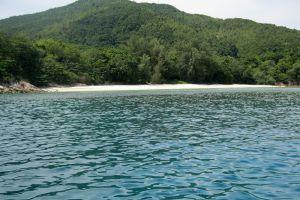 Bidong-Island-Terengganu-Malaysia-006.jpg