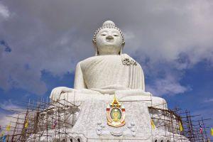 Big-Buddha-Khao-Nakkerd-Phuket-Thailand-004.jpg