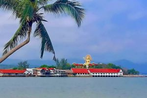 Big-Buddha-Temple-Samui-Suratthani-Thailand-002.jpg