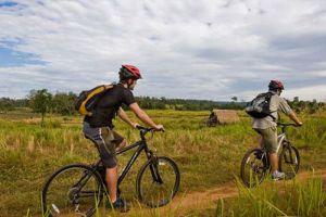Biking-Cambodia-Siem-Reap-03.jpg