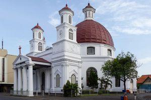 Blenduk-Church-Central-Java-Indonesia-001.jpg