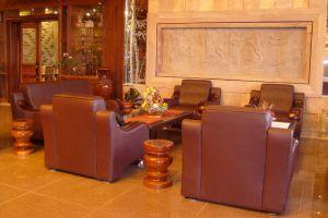 Blue-River-Hotel-Phnom-Penh-Cambodia-Lobby.jpg