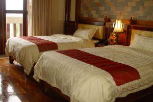 Blue-River-Hotel-Phnom-Penh-Cambodia-Room.jpg