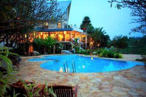 Bonanza-Resort-Khao-Yai-Nakhon-Ratchasima-Thailand-Pool.jpg