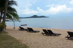 Bophut-Beach-Samui-Suratthani-Thailand-01.jpg