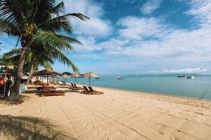 Bophut-Beach-Samui-Suratthani-Thailand-02.jpg