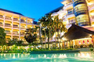 Borei-Angkor-Resort-Spa-Siem-Reap-Cambodia-Pool.jpg