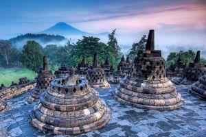 Borobudur-Central-Java-Indonesia-005.jpg