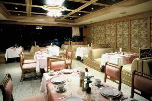Bossotel-Inn-Chiang-Mai-Thailand-Restaurant.jpg