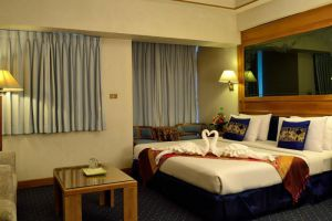 Bossotel-Inn-Chiang-Mai-Thailand-Room-Double.jpg