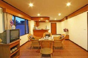 Botany-Beach-Resort-Pattaya-Thailand-Living-Room.jpg