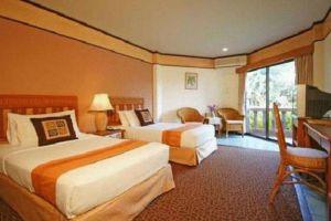 Botany-Beach-Resort-Pattaya-Thailand-Room.jpg