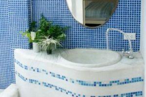 Brassiere-Beach-Hotel-Prachuap-Khiri-Khan-Thailand-Bathroom.jpg