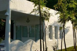 Brassiere-Beach-Hotel-Prachuap-Khiri-Khan-Thailand-Building.jpg