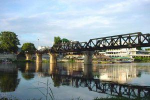 Bridge-River-Kwai-Kanchanaburi-Thailand-003.jpg