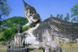 Buddha-Park-Vientiane-Laos-001.jpg