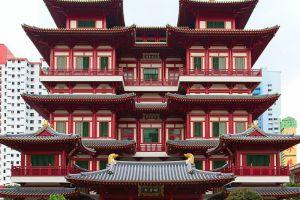 Buddha-Tooth-Relic-Temple-Museum-Singapore-001.jpg