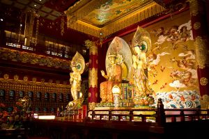 Buddha-Tooth-Relic-Temple-Museum-Singapore-003.jpg