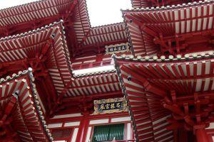 Buddha-Tooth-Relic-Temple-Museum-Singapore-005.jpg