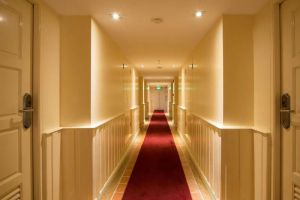 Buddy-Lodge-Hotel-Bangkok-Thailand-Corridor.jpg