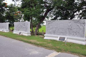 Bueng-Nong-Sarai-Historical-Site-Suphan-Buri-Thailand-04.jpg