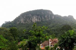 Bukit-Tabur-Kuala-Lumpur-Malaysia-003.jpg