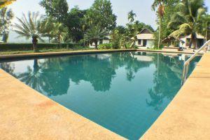 Bura-Lumpai-Resort-Mae-Hong-Son-Thailand-Pool.jpg
