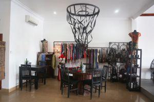 Cafe-Eden-Battambang-Cambodia-01.jpg
