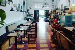 Cafe-Espresso-Roastery-Kampot-Cambodia-01.jpg