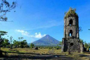 Cagsawa-Ruins-Park-Albay-Philippines-002.jpg