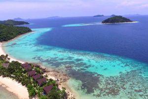 Calamian-Islands-Palawan-Philippines-001.jpg