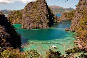 Calamian-Islands-Palawan-Philippines-002.jpg