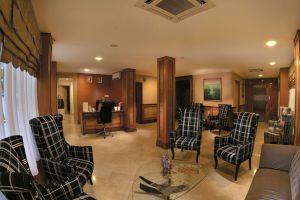 Capital-Residence-Suite-Bandar-Seri-Begawan-Brunei-Lobby.jpg