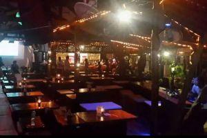Carlitos-Bar-Phi-Phi-Thailand-005.jpg