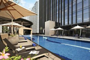 Carlton-City-Hotel-Chinatown-Singapore-Pool.jpg