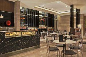 Carlton-Hotel-Marina-Bay-Singapore-Coffee-Shop.jpg