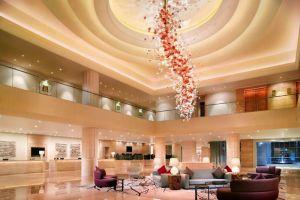 Carlton-Hotel-Marina-Bay-Singapore-Lobby.jpg