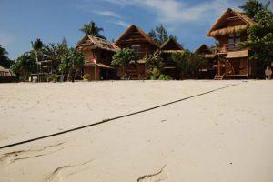 Castaway-Beach-Resort-Lipe-Thailand-Beachfront.jpg