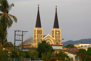 Cathedral-of-the-Immaculate-Conception-Chanthaburi-Thailand-001.jpg