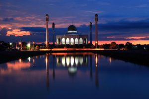 Central-Mosque-Songkhla-Thailand-001.jpg
